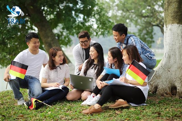 Học tiếng Đức với TRABI