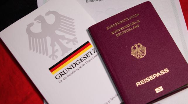 Đặt lịch hẹn xin visa đại sứ quán Đức 2020