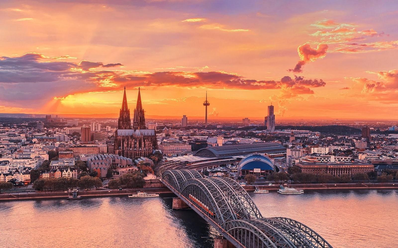 Phong cảnh kỳ vĩ của nước Đức khi giao mùa